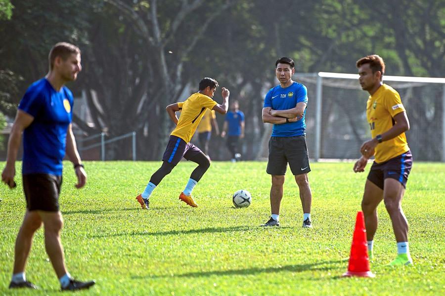 HLV Malaysia thách thức tuyển Việt Nam: Hãy đợi đấy!